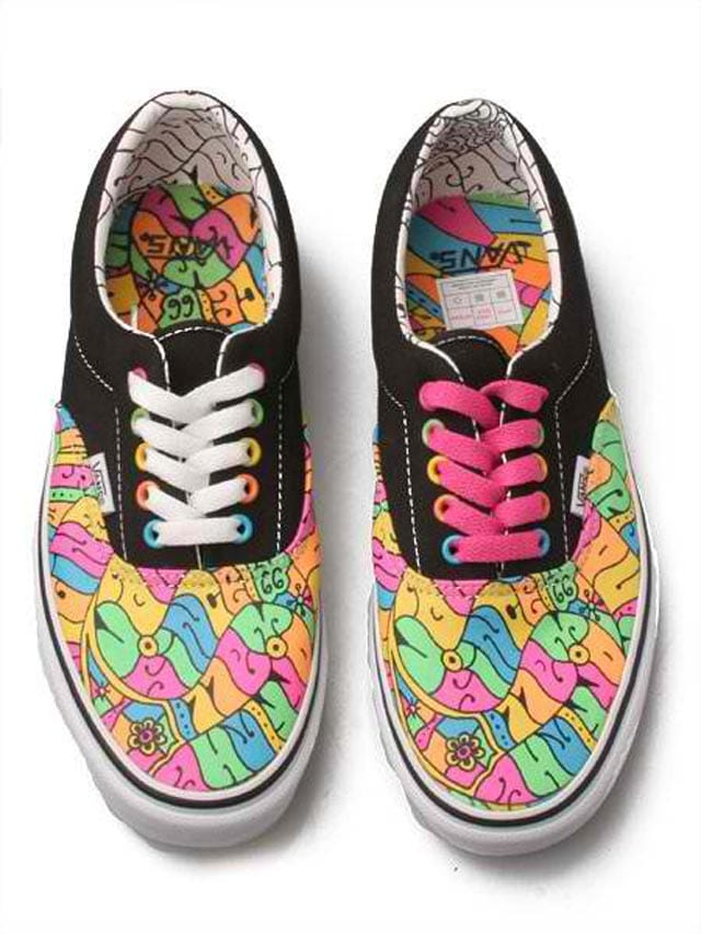 tenis-vans-abstract-colorful-snakes