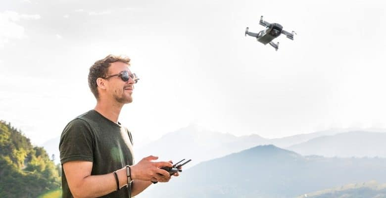 13 Best Quadcopters with Camera to Capture Extreme Sports
